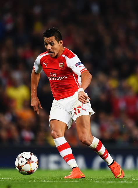 alexis sanchez arsenal alexis sanchez photos photos arsenal fc v besiktas jk