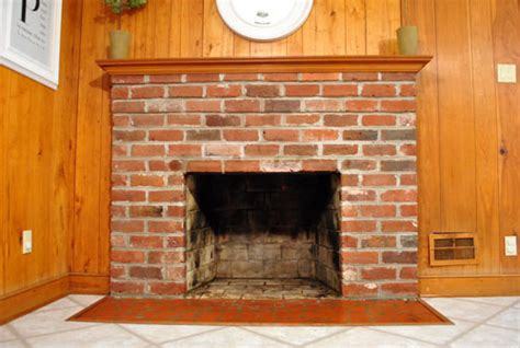 Sealing Brick Fireplace by How To Prep Prime And Paint A Brick Fireplace