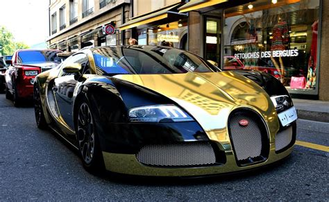 bugatti black and golden bugatti veyron spotted in geneva