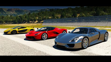 Laferrari Vs Porsche 918 by Porsche 918 Spyder Vs Mclaren P1 Vs Laferrari Drag Race