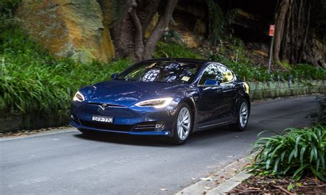 review 2017 tesla model s review