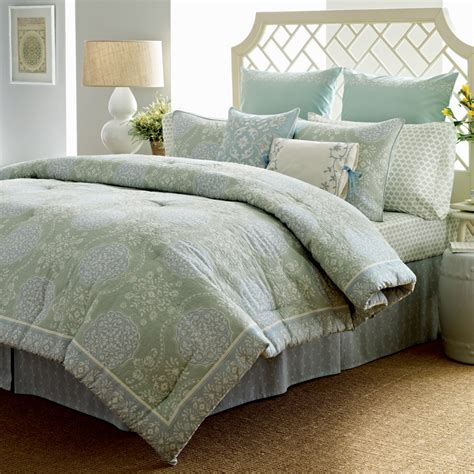 laura ashley bedding sets laura ashley lillian bedding collection from beddingstyle com