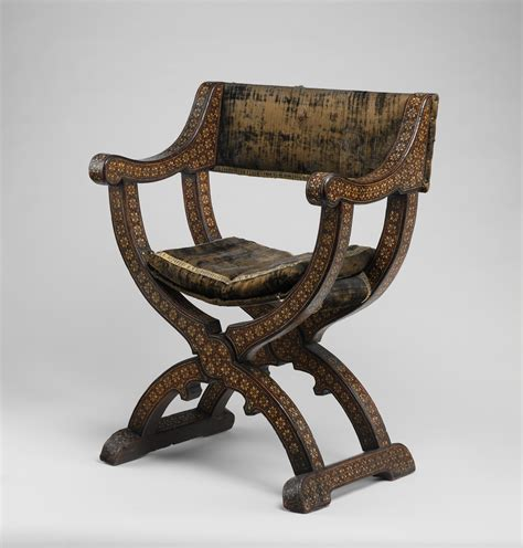 roman armchair exle of a roman quot curule quot chair quot it descends from the