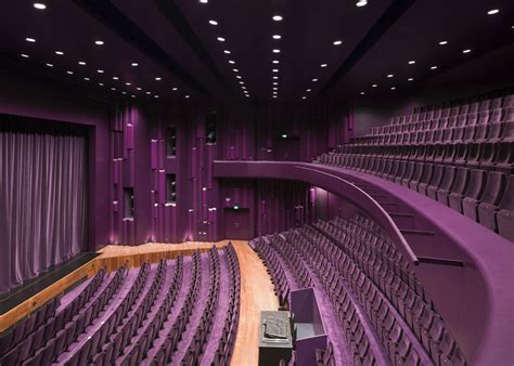 Theatre Ceiling by Unstudio S Theatre De Stoep Improves Acoustics With A