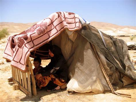 tende beduini palestina unrwa no al trasferimento dei beduini nenanews