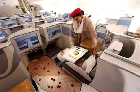cathay pacific  emirates business class