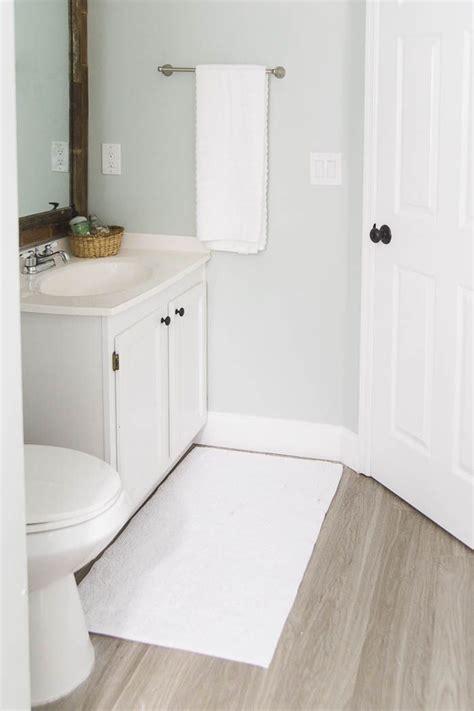 vinyl plank flooring in bathroom best 20 vinyl wood flooring ideas on
