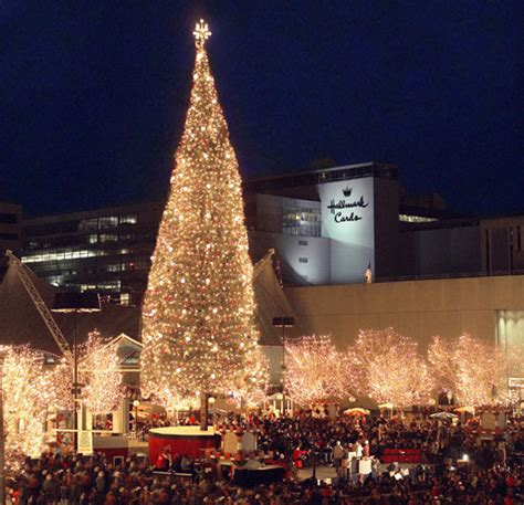 crown center plaza during christmas