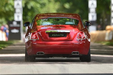 rolls royce wraith autotrader 2015 rolls royce wraith overview autotrader