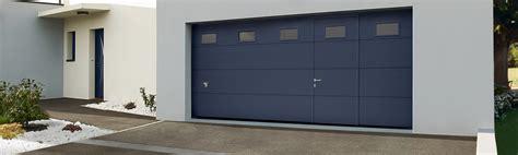 porte de garage sectionnelle ou enroulable la porte de garage sectionnelle a de nombreux avantages