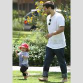 tobey-maguire-wife-and-kids