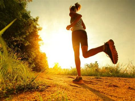 running shoes to protect knees how to protect your knees while running boldsky