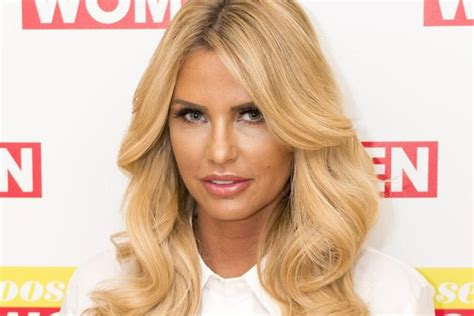 how did katie get her scar katie price on how she s learned to love her scars after