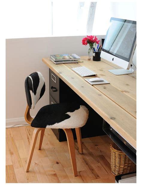 bureau a faire soi meme le bureau mural un meuble qui prend peu de place mais qui