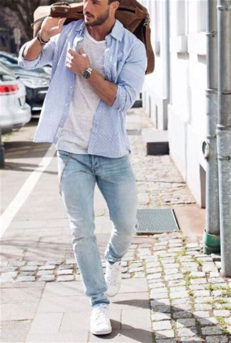 Dress Tenis Putih picture of white sneakers blue a white and a blue shirt