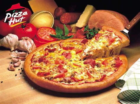 pizza hut free pizza hut coupons april