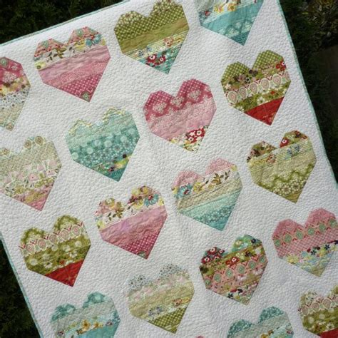 Size Quilt Patterns For Beginners by 25 Best Ideas About Jelly Rolls On Jelly Roll
