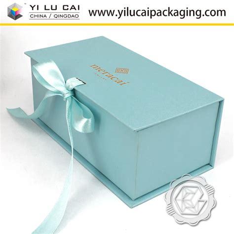 yilucai christmas gift box manufacturer christmas gift