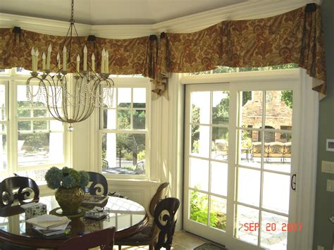 What Is A Country Kitchen Design Steve S Custom Drapery Shoppe Asid Industry Partner