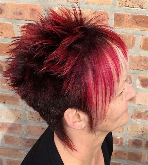 top  hottest  short hairstyles  women page