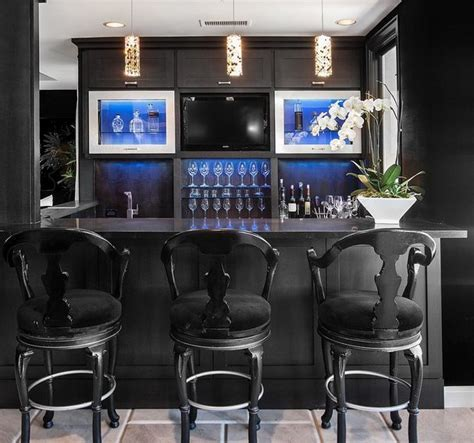 Black and White Bar Stools ? How To Choose And Use Them
