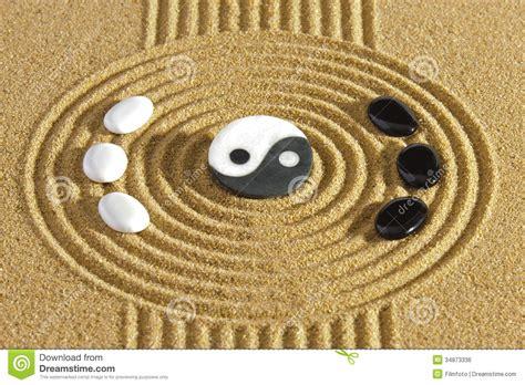 yin yang garten how to design a ying yang garden japanese zen garden