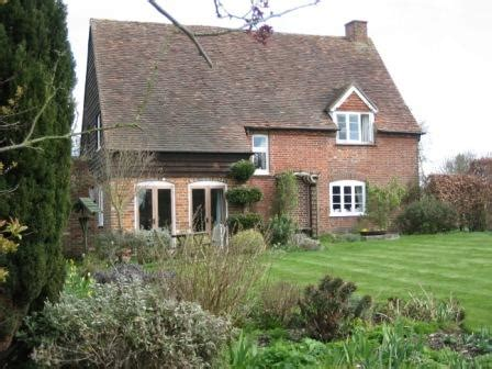 bed and breakfast reading uk field farm cottage in reading berkshire