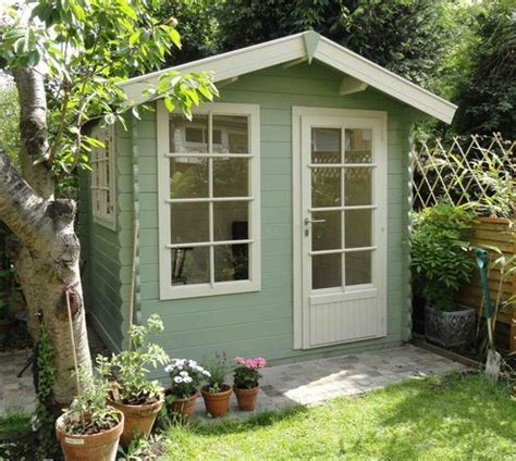 Coloured Garden Sheds by 25 Best Ideas About Painted Shed On Shed
