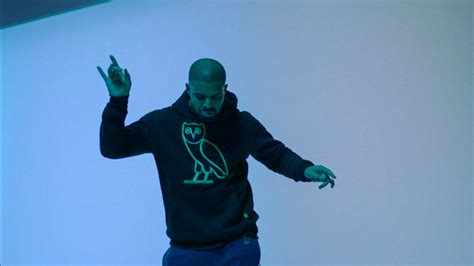 drake hotline bling the mysterious power of drake s hotline bling gq