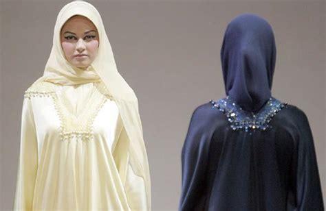 Kalung Wanita Import Fashion Trendy Design Modis Koleksi 4 baju wanita gaya