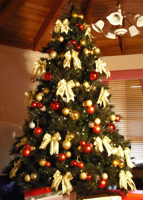 artificial christmas tree hire rent melbourne christmas