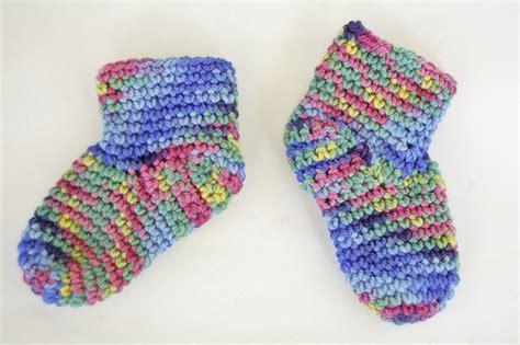 free pattern baby socks knot by gran ma blog free baby booties sock crochet pattern