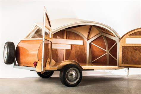 hutte hut trailer in tow lightweight cer roundup automobile