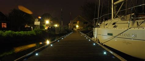 Landscape Lighting Bc Gbl Outdoor Led Lights Floodlights Step And Deck Lighting