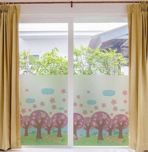 Klebefolie Kinderzimmer Junge by 40 Ideen F 252 R Sch 246 Ne Kinderzimmer Fensterdeko Archzine Net
