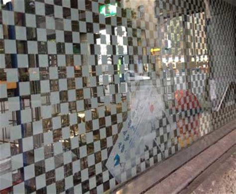 Sichtschutzfolie Fenster Erfahrung by Sichtschutzfolie Und Glasdekorfolie Schnell Und Effektiv