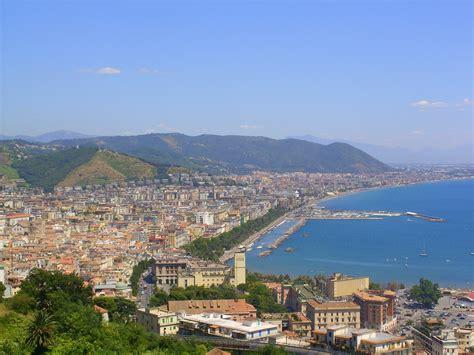 antico porto salerno italia tour il le 10 cose da vedere a salerno