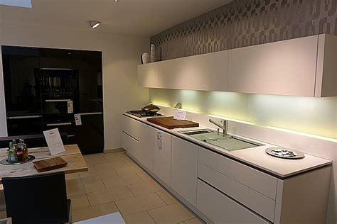 gute und günstige küchen k 252 che k 252 che wei 223 und holz k 252 che wei 223 und in k 252 che wei 223