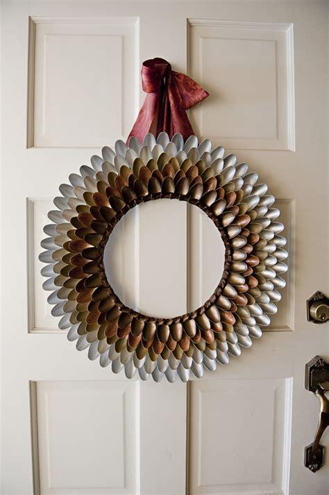 diy wreath ideas diy projects pretty diy fall wreaths landeelu com