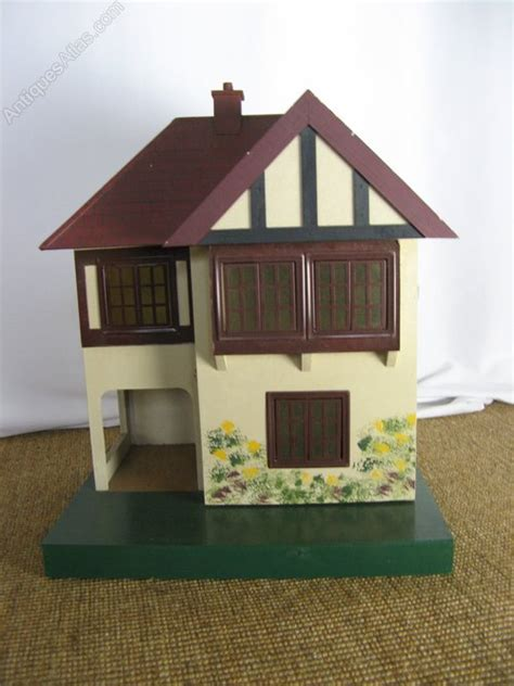small doll house antiques atlas small triang dolls house