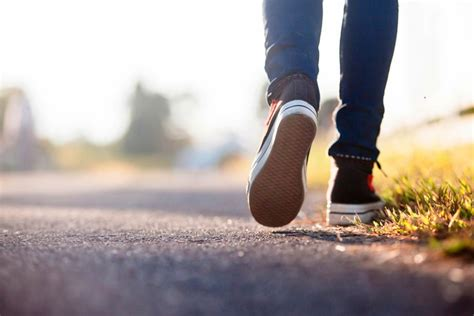 walking shoes 15 best walking shoes for in 2018 nicershoes