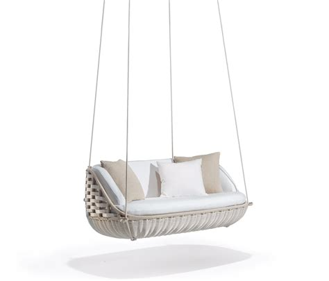 dedon swing swingus 2 seater swings from dedon architonic