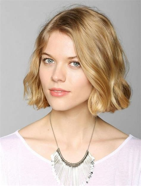 triangle bob haircut top 20 hairstyles for long faces the most flattering cuts