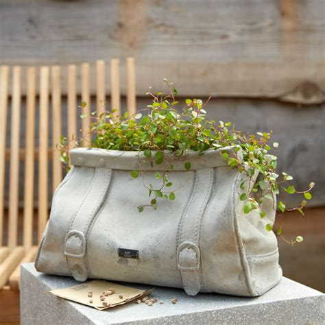 Contemporary Garden Accessories Uk Six Ways To Give Your Garden A Modern Country Vibe