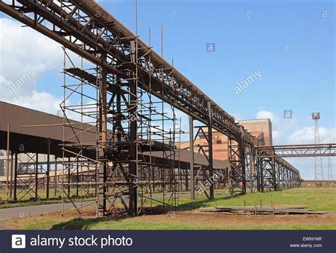 Pipe Rack Scaffolding by Scaffolding Surrounds Pipe Gantries And Conveyor Belt