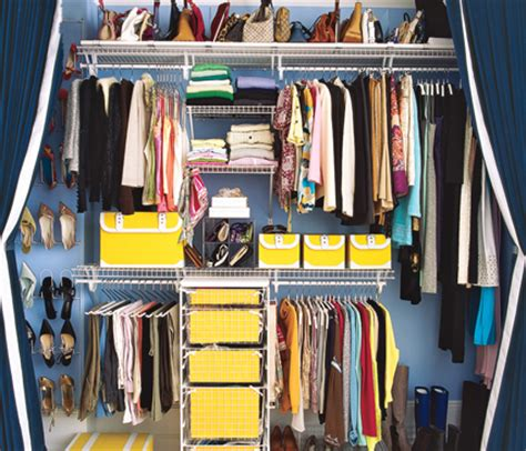 how to minimize your closet