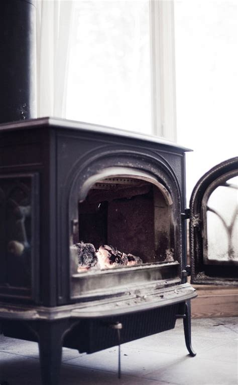 pot belly stove black white