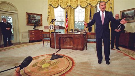 Trump Oval Office Rug | gold drapes and potato chips 6 white house changes