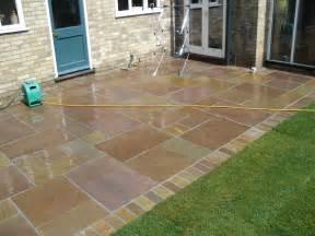 patio raised stone