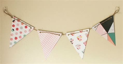 How To Make Paper Pennant Banner - diy paper pennant banner w free template suite